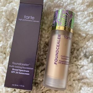 Tarte | Foundation & Concealer in 1